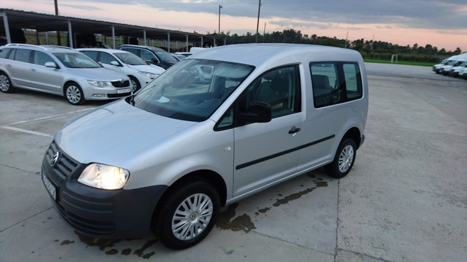 VW Caddy 1,9 TDI 2010 god.reg 9/2018